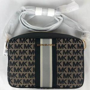 NWT Michael Kors LG EW Crossbody Bag Beige/Black